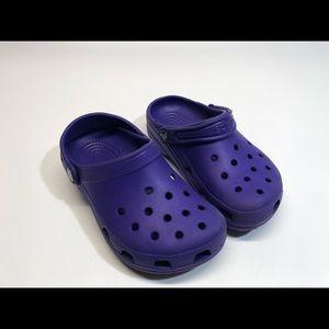 Kids purple crocs , size 2 / 4